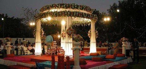 نورپردازی باغ عروسی